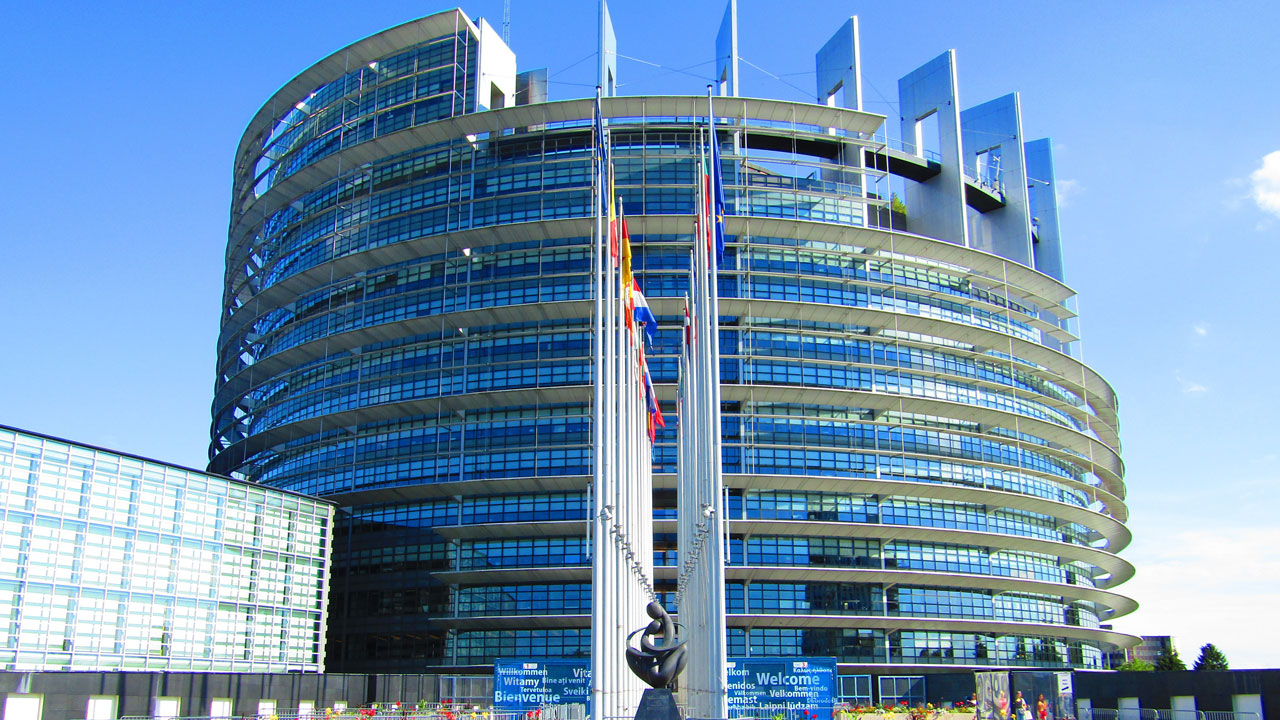 MEPs vote for binding national 2030 renewable energy targets