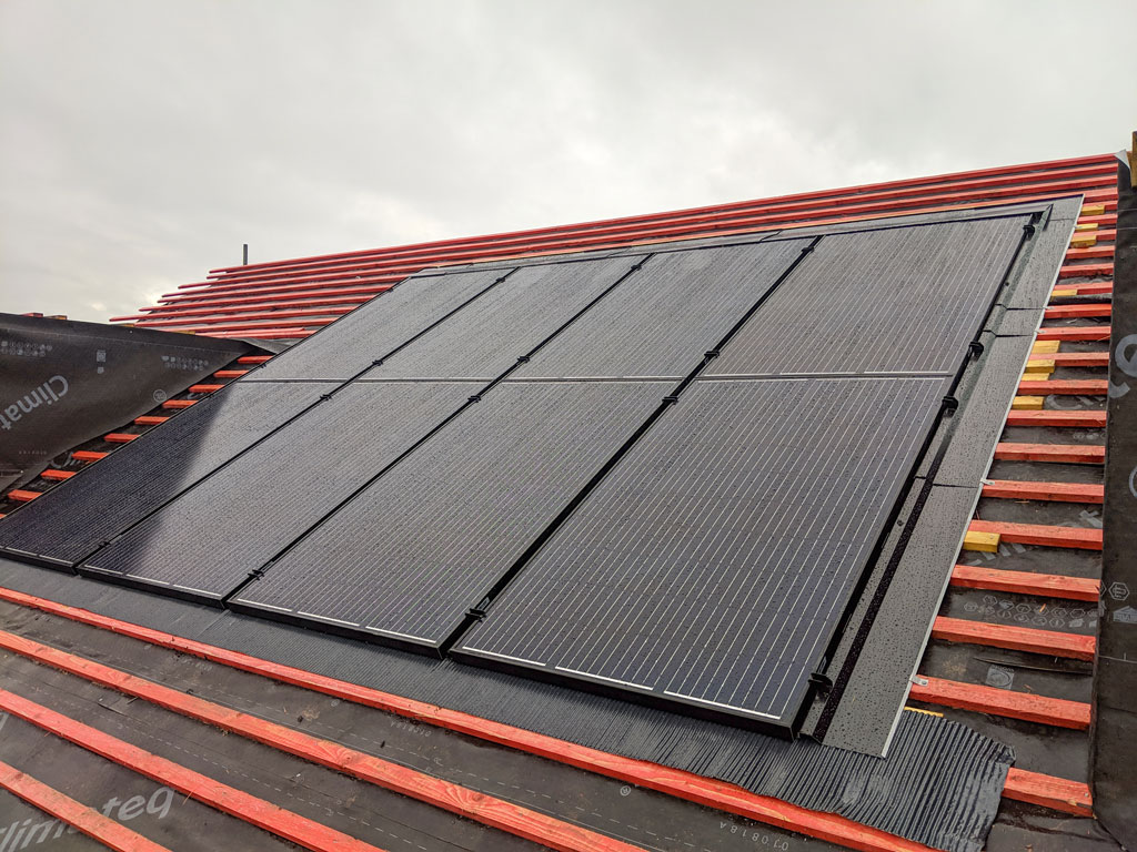In-roof Integrated Solar Panel Manchester